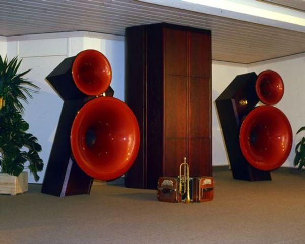 Acapella Speakers